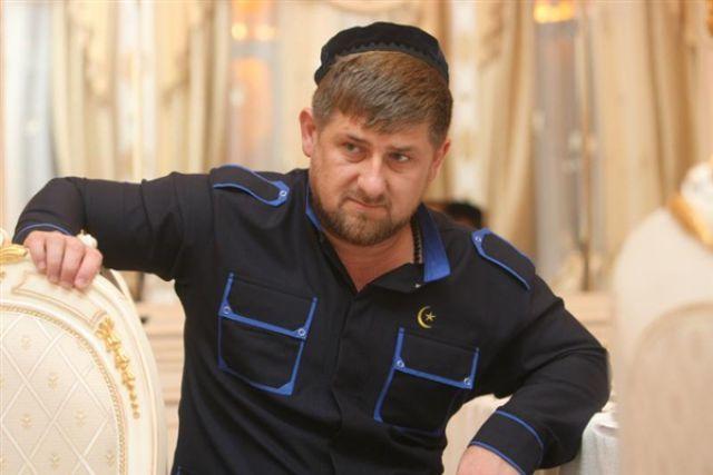 Чеченцы сотнями отправляются воевать за ИГИЛ. Кадыров ищет способы их остановить