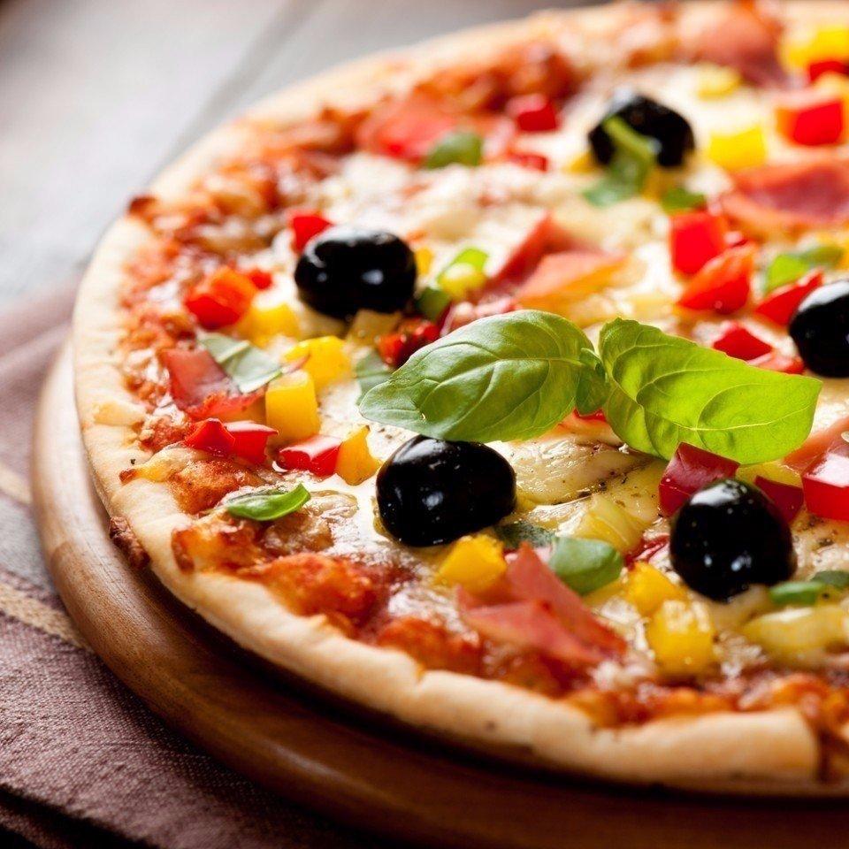 красиво оформленная пицца фото модели подойдут выпускной