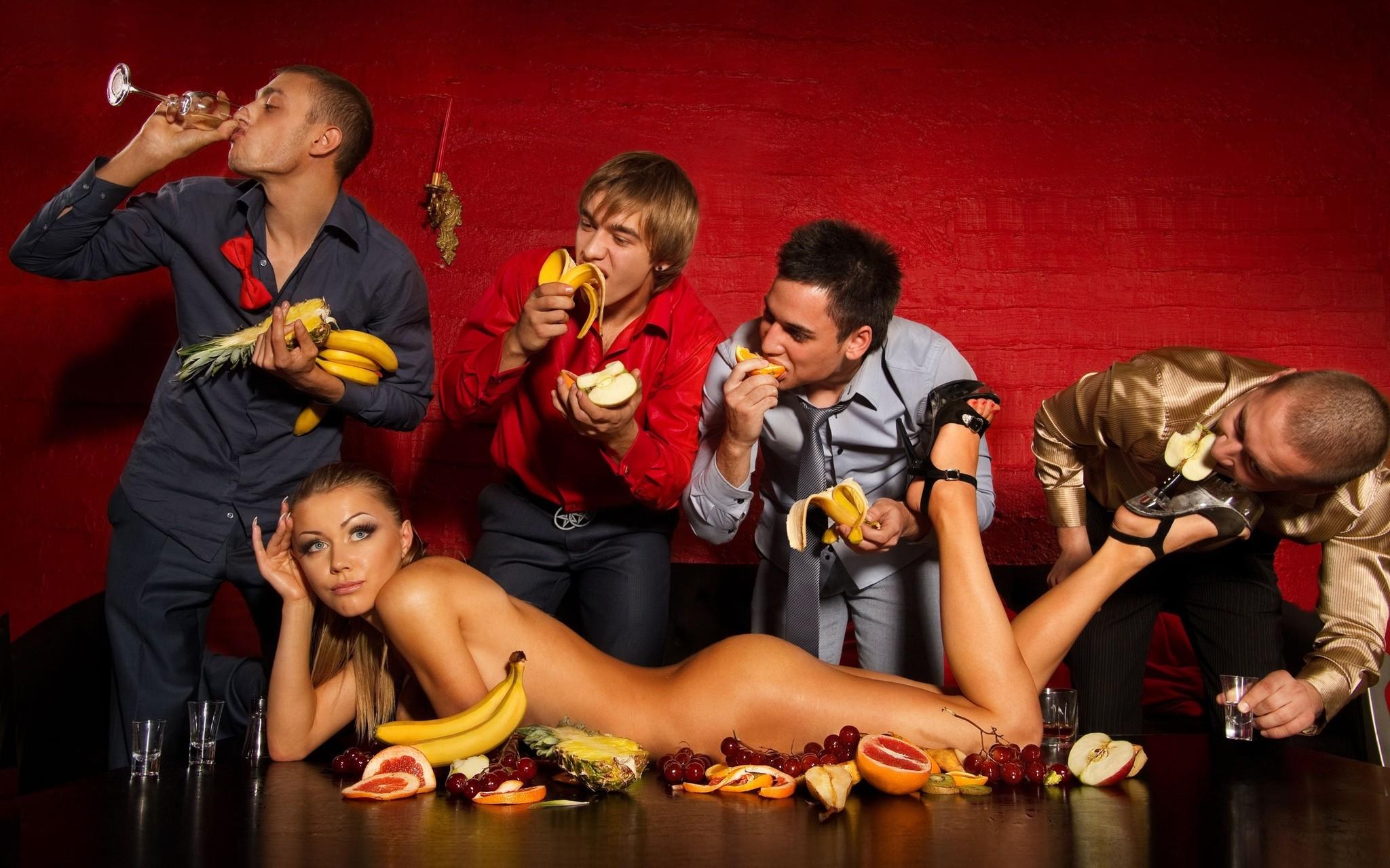 свинг вечеринка цена для мужчин возрастом вообще должно
